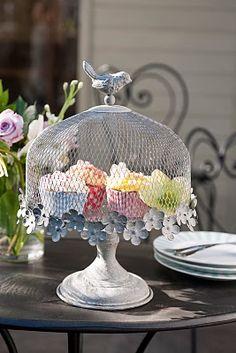 Bird cake stand.