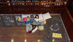 A reading net for your home library