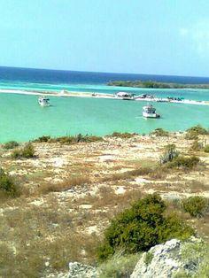 Puerto de Pescadores en la Isla la Tortuga