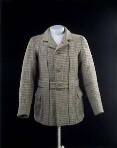 1890-1900 Norfolk Jacket. Tweed with sateen and cotton lining, horn, hand- and machine-sewn. V&A T.356&A-1984.