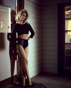 January Jones and her fabulous sexy legs