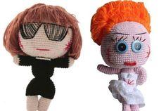 Cute knit dolls - Donatella Versace and Anna Dello Russo.