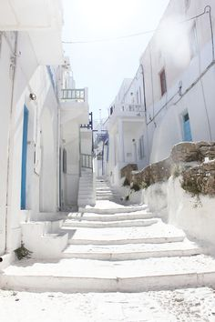 #Greece mykono, stair, white spaces, travel photos, white lights, greece, dream destinations, beauti, place