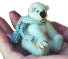 thread bear free pattern by Debbie Nicholas