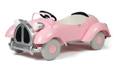 Pedal Cars >> I would have LOVED this as a child!
