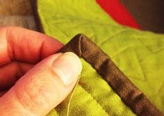 Tips for Perfect Corners :: Binding Basics