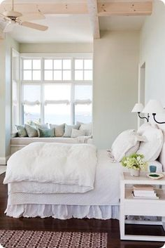 beds, beach houses, windowseats, white bedrooms, cottages, white bedding, guest rooms, cottage bedrooms, window seats