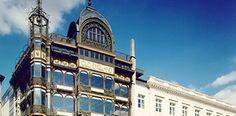 Het MIM is een fantastisch museum die zich in het art nouveaugebouw bevindt van de voormalige Old England winkels en bezit één van de grootste verzamelingen muziekinstrumenten in de wereld.