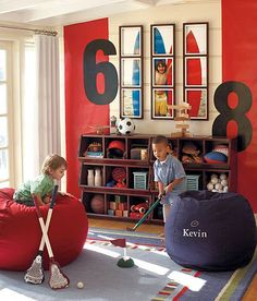 I love this idea of splitting one photo into several and displaying it in a kids playroom or bedroom. Discover more kids room decorating and organizing tips and ideas @ http://kidsroomdecorating.net