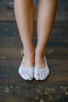 Women's Floral All Lace Sock in White (BS-3849)