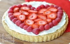 fruit pizza, cake, valentine day, pizza pies, fruit pies, pizza recipes, fruit tarts, happy campers, treat