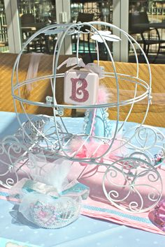Princess carriage centerpiece