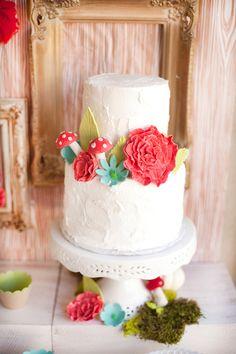 Lovely Woodland themed cake
