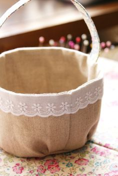 DIY tutorial fabric Easter basket