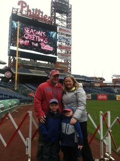 Take holiday photos right on the field:11/29, 9 a.m. – 12 pm & 11/30, 11 a.m. – 2 p.m.