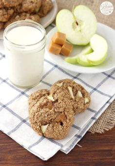 Caramel Apple Oatmeal Cookies Recipe from @akitchenaddict