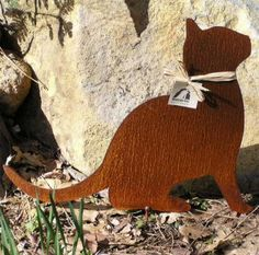 Hey, I found this really awesome Etsy listing at https://www.etsy.com/listing/60981368/rusty-finish-kitty-cat-metal-garden-art