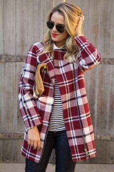 Plaid coat #lulus #holidaywear