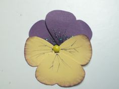 Pansy made with SU Butterfly punch