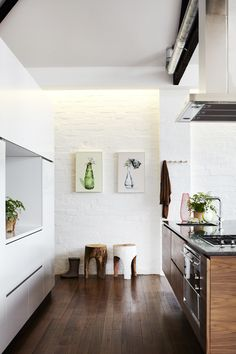 Kitchen cabinetry by Gordon Johnson. Photo by Sharyn Cairns, styling by Megan Morton. interior, kitchen cabinetri, kitchen cabinetry, home decor kitchen, kitchen spaces, gordon johnson, modern kitchens, sharyn cairn, megan morton