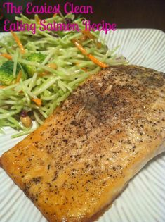 The easiest salmon recipe you may ever see. You don't even have to pre-heat the oven! #CleanEating #Salmon