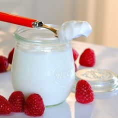 Icelandic Yogurt, thick and full of protein. Easy to make at home