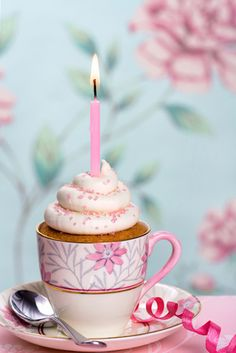 Tea party! served cupcake in a tea cup.. This would be so cute for a little girl birthday party!
