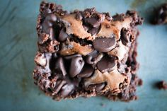 chocolate chip brownies with sea salt http://bakesinslippers.com/chocolate-chip-brownies-sea-salt/