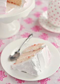 Sweetapolita – Cherry-Vanilla Delight Cake