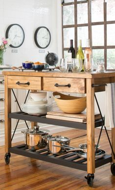 Love this moveable kitchen island, and can use as a buffet for parties