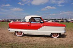 1950s Metropolitan car by Dancinggecko, via Flickr (Photo by me)