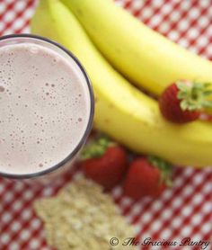 Clean Eating Strawberry Oatmeal Smoothie  I'm totally going to try this. Just need to buy the whey protein. Maybe I can find a gluten free protein shake. A full breakfast in a glass! Has all the servings of fruits and veggies as well as protein, which keeps me feeling full!
