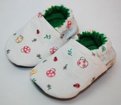 These are wonderful little soft shoes for wee non-walkers.