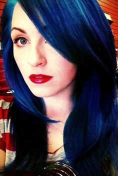 Now *this* is the kind of blue hair I can see having as an old lady. Those colors are gorgeous!!