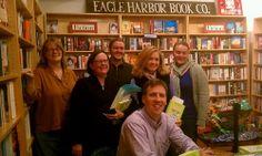 @EagleHarborBookCo Mr. Kinney with the lovely ladies of Bainbridge