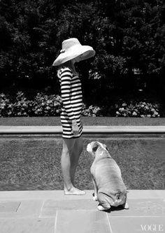 bulldog, palm beach, pool, dress, black white, puppi, vogue magazine, stripe, sun hats