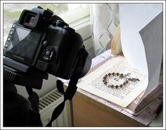Taking a jewelry photo   easy peasy