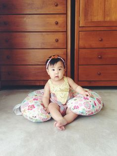 Support Pillow for babies//