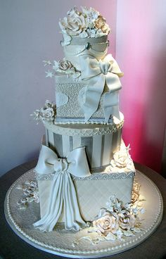 Tiered cake with stacked presents