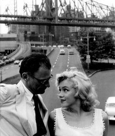 xoxomarilynmonroe: Marilyn y tercera esposo, el dramaturgo Arthur Miller.