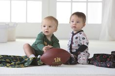 2 Ways to Get Your Little One into the Team Spirit on Game Day!