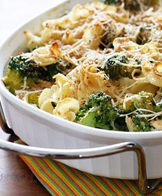 Chicken and Broccoli Noodle Casserole :) |skinnytaste.com