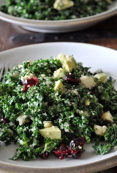 Kale salad with quinoa, avocado, macadamia nuts & cranberries!!