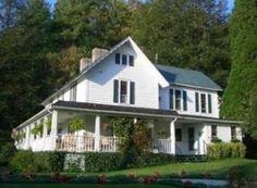 Lovill House Inn, Boone, NC  http://www.lovillhouseinn.com/