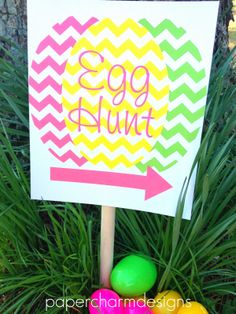 Printable Chevron Egg Hunt Sign- sweet and simple.