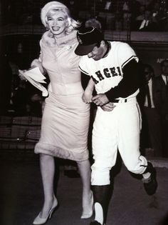 A rare photo of Marilyn at her final public appearance at the Dodger's Stadium in Los Angeles, June 1 1962.