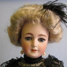 Simon & Halbig | Adult Body Lady Doll.