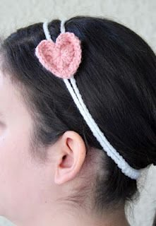 Double strand headband with heart accent - Free Pattern ♥