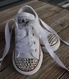 DIY... Definite for Addison this fall. Great shoes for school and a little sparkle for a girly girl.