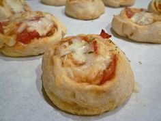 Pepperoni Pizza Pinwheels (very easy appetizer!)